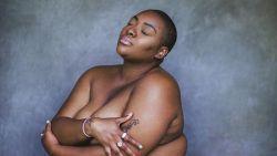 Instagram beschuldigd van racisme en fatshaming na verwijderen van foto's van zwart model