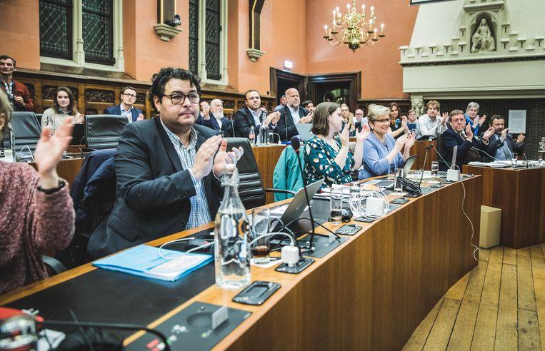 Laatste gemeenteraad van de huidige legislatuur in Gent met afscheid van Daniel Termont en Christophe Peeters