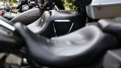 Motorfietser (40) in levensgevaar na ongeval