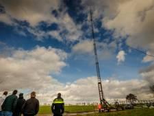Neerhalen van illegale zendmasten gesprek van de dag in Staphorst