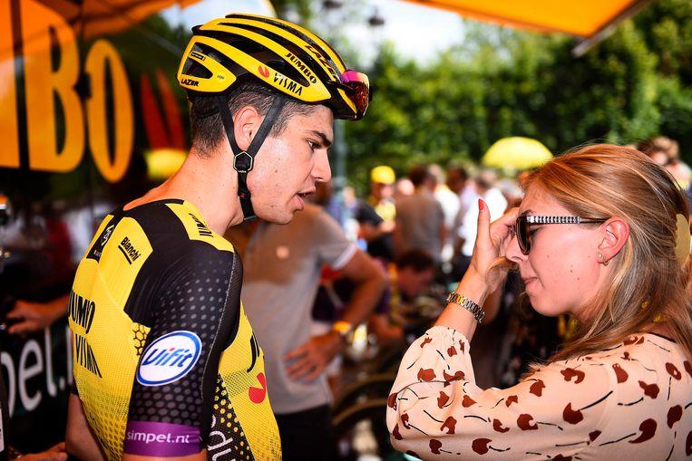 Van Aert en zijn vrouw Sarah De Bie, onze columniste tijdens deze Tour.