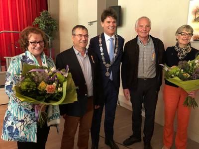 Lintjes voor stedenband  Ulvenhout-Vélines