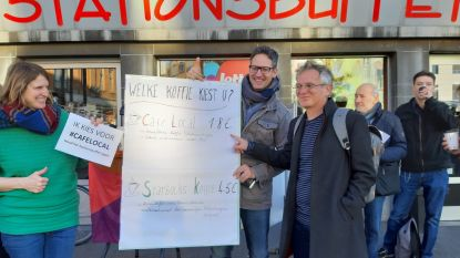 "PVDA verkoopt uit protest koffie aan 4,5 euro per stuk: ""Starbucks vele duurder dan Stationsbuffet"""