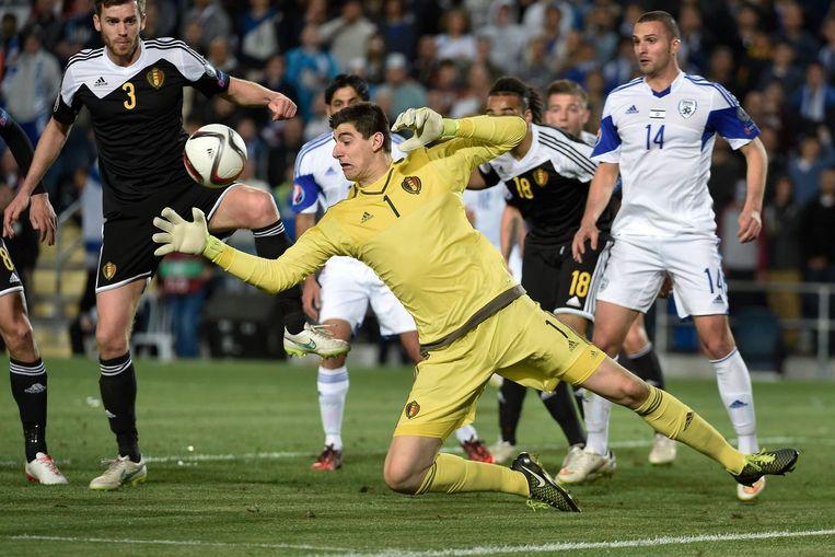 Met het nodige vlieg- en stuntwerk zorgde Thibaut Courtois opnieuw voor een 'clean sheet'.