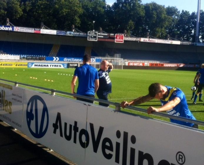 Nando Wormgoor bij de training van RKC Waalwijk. Die begon in verband met de tropische temperaturen een half uur eerder.