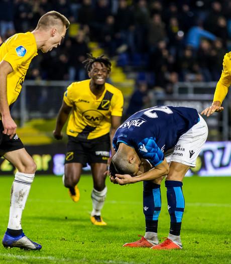 Eerste barst bij Vitesse in de heerschappij van Sloetski