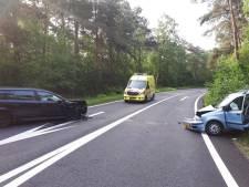 Op- en afrit A4 bij Bergen op Zoom weer open na botsing tussen twee auto's