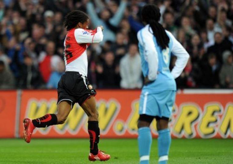 Georginio Wijnaldum (L) van Feyenoord trekt zijn shirt over zijn hoofd nadat hij de 1-0 heeft gemaakt in de wedstrijd tegen Sparta Rotterdam. ANP Beeld