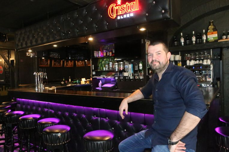 Wim Ottenbourg sluit na volgend weekend de deuren van café Patria.