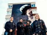 Enorme muurschildering op flat maakt inwoners Kanaleneiland blij