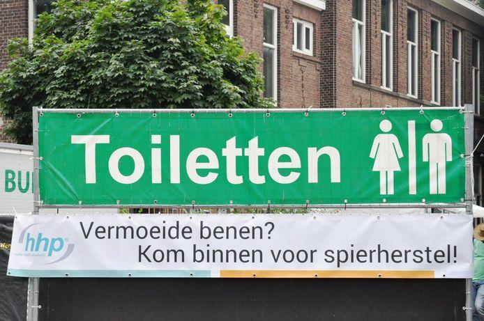 Toiletten tijdens de Vierdaagse zijn er wel, maar voor rolstoelers blijft het zoeken.