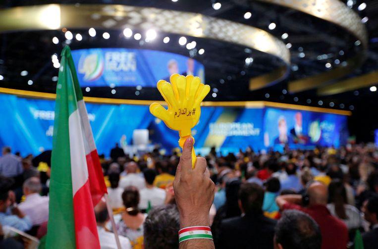 De aanslag moest op 30 juni plaatsvinden tijdens een bijeenkomst van de Iraanse oppositiebeweging Mujahedin in het Franse Villepinte.