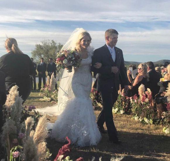 Enkele uren nadat ze elkaar het ja-woord hadden gegeven, kwamen Bailey en Will om het leven tijdens een helikopterongeluk.