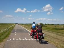 Afgraven vervuilde Westdijk start - als 't meezit - in najaar