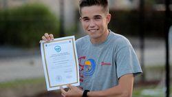 Kenneth (15) is jongste ooit die para junior-opleiding voltooit