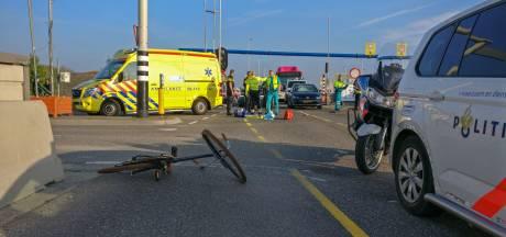 Automobilist reed fietsster aan op Waalbrug: 'Heftig dat door mij iemand zwaargewond is geraakt'