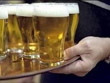 Huisarts Vinkel wil jeugd wijzen op gevaren alcohol
