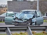 Ongeluk op de A58: truck knalt op auto