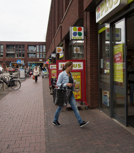 Lege winkels aan Eskerplein Almelo snel weer gevuld