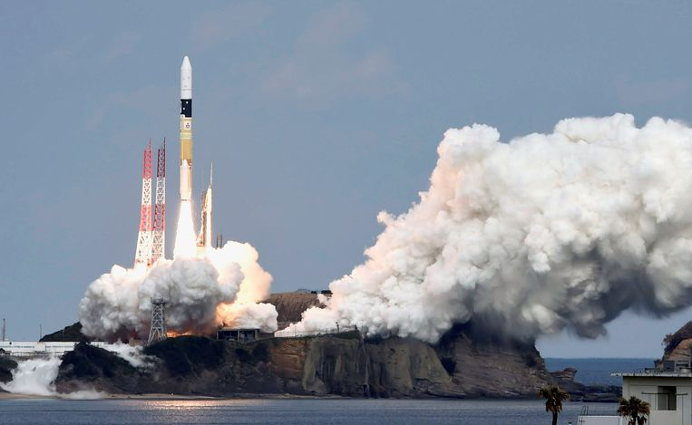 De lancering van de Hayabusa 2 op 3 december 2014.