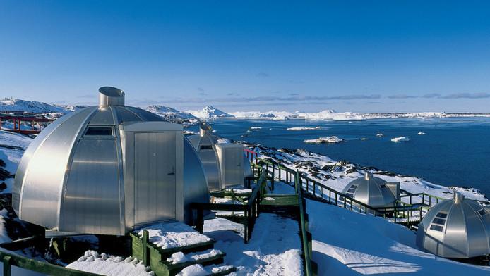 De iglo's van Hotel Arctic op Groenland.