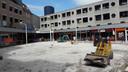 Het dak van de parkeergarage onder het Europaplein lekt. Het betekent wekenlang werk op het pleintje voor de Marktpromenade.
