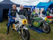 Tukker Theo Bult (73) stuurt unieke Yamaha Jumping Jack over baan in Gramsbergen