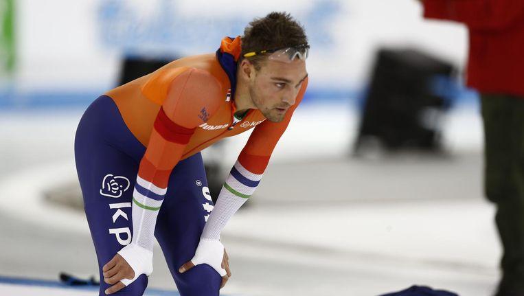 Kjeld Nuis na afloop van zijn desastreus verlopen 500 meter. Beeld null