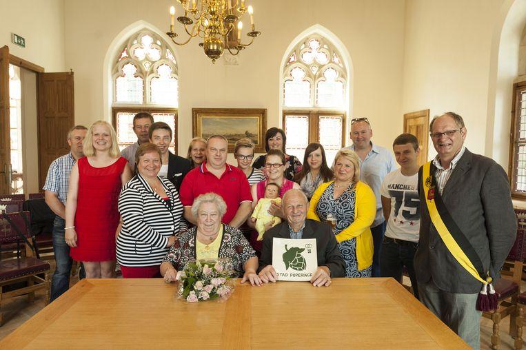 Paula en gilbert vieren vijftig jaar huwelijk poperinge