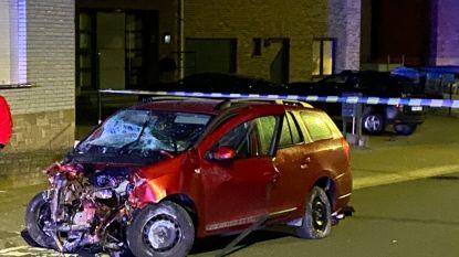 Chauffeur verliest controle over het stuur en richt ravage aan in Heldergemstraat: buurtbewoners eisen maatregelen