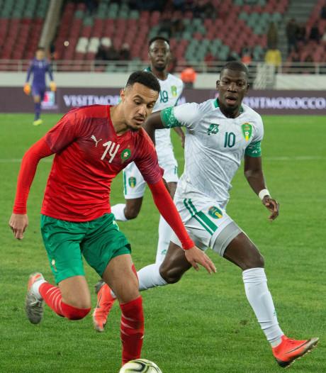Mazraoui scoort en raakt geblesseerd bij Marokko