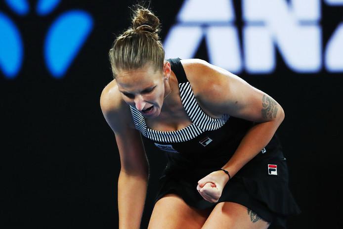 Karolina Pliskova schreeuwt het uit na een gewonnen punt.