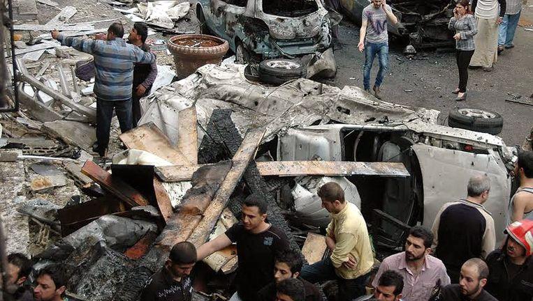 Vorige week ontplofte er in Homs ook al een autobom. Daarbij vielen vier doden, 30 raakten gewond. Beeld epa