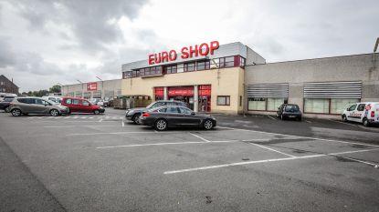Euro Shop voor rechter door  verkoop van namaakspullen