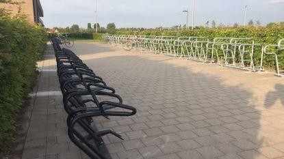 Aantal fietsenrekken aan Moerkensheide verdubbeld