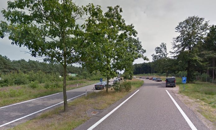 Parkeerplaats Bruggelen, langs de A1.