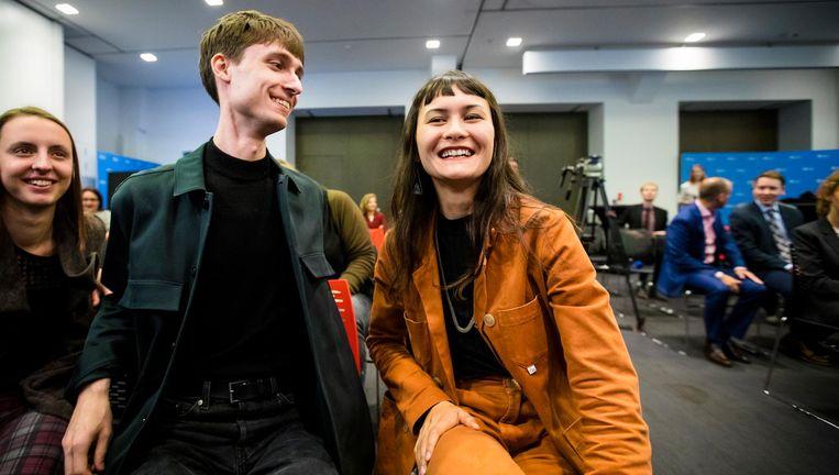 Luca van der Kamp en Nina Boelsums, twee van de studenten die het initiatief voor het referendum namen. Beeld anp
