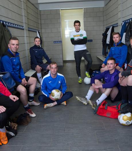 Pools elftal viert titel op z'n Kilders: 'Die jongens zijn hartstikke fit'