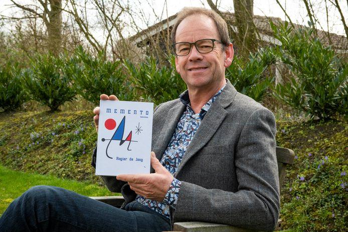 Dichter Rogier de Jong. foto Boaz Timmermans