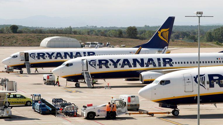 Ryanair-toestellen op de luchthaven van het Spaanse Girona. Beeld reuters