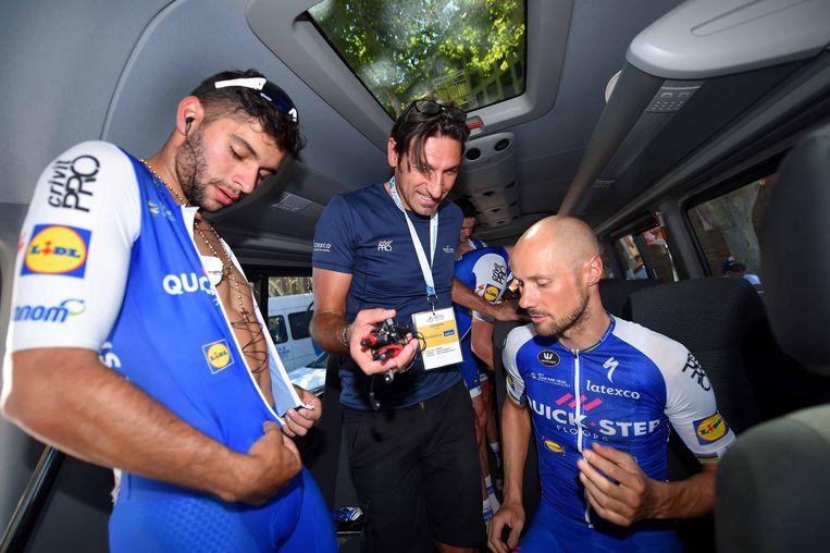 Gaviria, Bramati en Boonen voor de start.