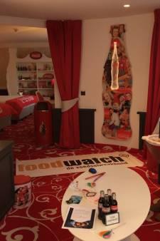 Protest tegen Coca-Cola Suite in hotel Efteling: 'Kindermarketing'