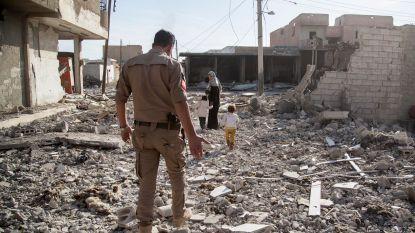 Bewoners Raqqa keren terug naar hun huizen, maar stuiten op onontplofte bommen. En dus blijven er maar slachtoffers vallen