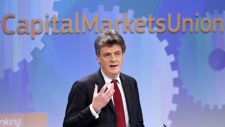 Europees commissaris voor Europese Financiële stabiliteit, Financiële Diensten en Kapitaalmarkten Jonathan Hill tijdens de persconferentie over de kapitaalmarktenunie vandaag in de Europese Commissie.