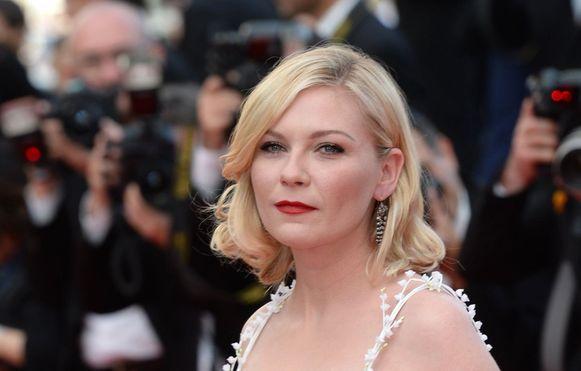 Kirsten Dunst ging voor een klassieke look in Cannes.