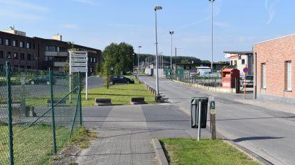 Gemeente gaat voetpad aan rusthuis en voetbalcomplex doortrekken