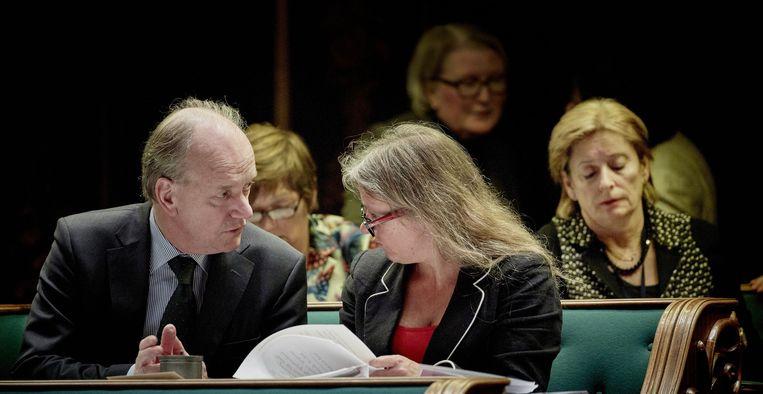 De PvdA-fractie, met (VLNR) Ruud Koole, Marijke Linthorst, Esther-Mirjam Sent en Guusje ter Horst tijdens het debat in de Eerste Kamer over het nieuwe leenstelsel. Belangrijkste maatregel is de omzetting van de basisbeurs van een gift in een lening, vanaf september dit jaar. Beeld anp
