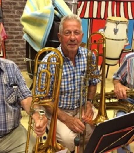 Zeelandia wuift drie 'oudjes' uit en blikt terug op het Zinderend Zeelandia-feest