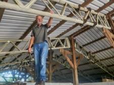 Geen geallieerde vliegtuigspanten. Maar wat zit er dan   onder het dak van Fridtjof's schuur?