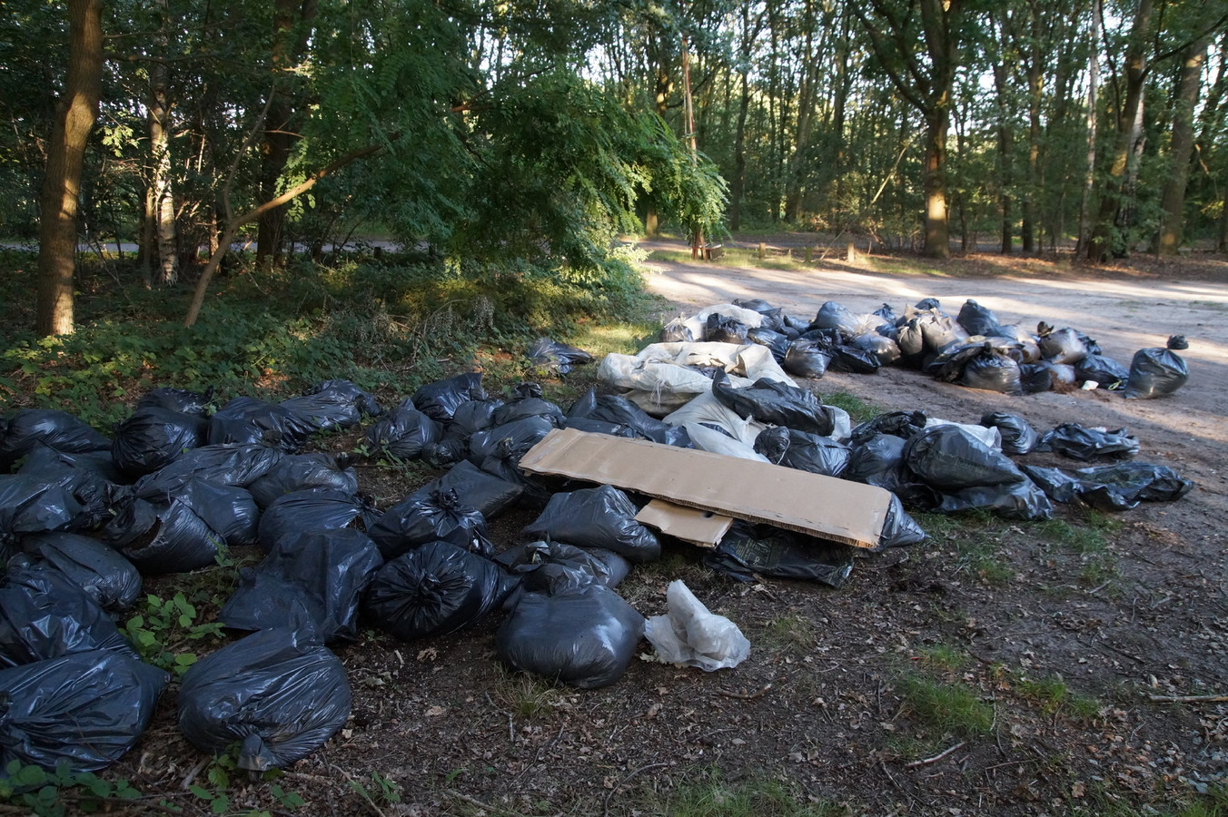 Gedumpt drugsafval.